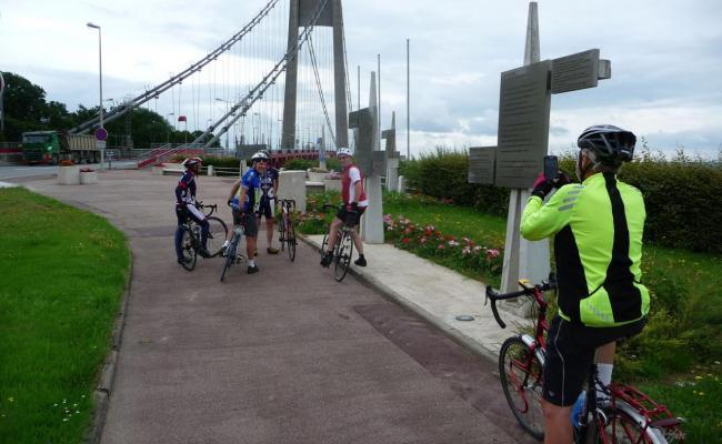 Pont de Tancarville vers Le Marais Vernier